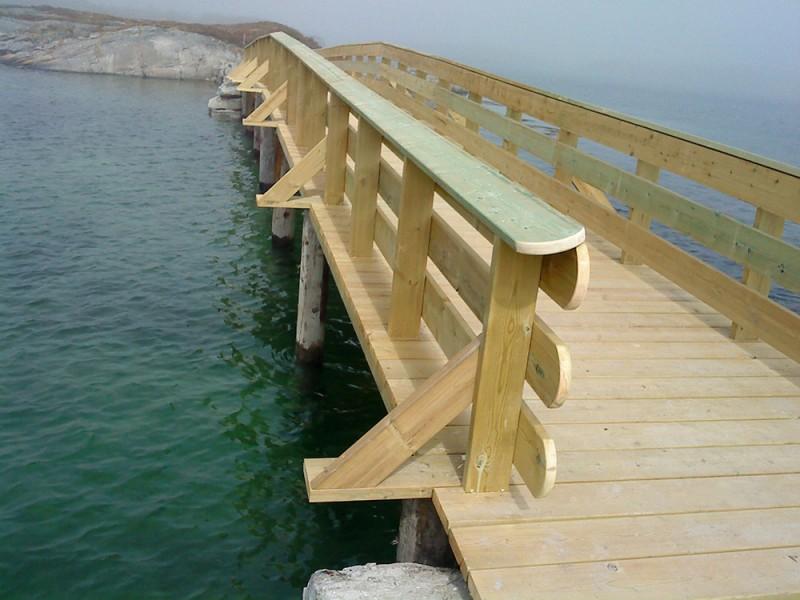 Пешеходный мост в Норвегии